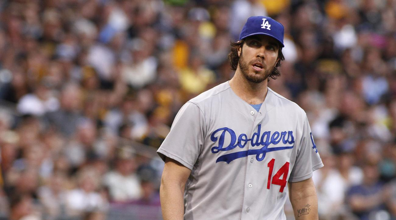 Report: Dan Haren to attend Marlins spring training