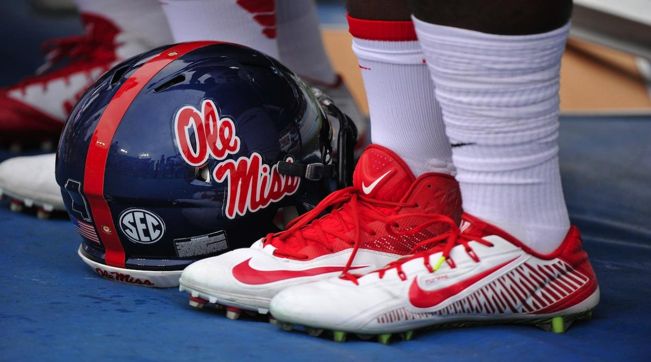 Top QB recruit in country commits to Ole Miss