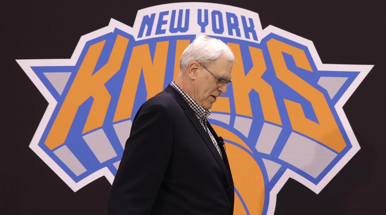 Phil Jackson rips Knicks on Twitter