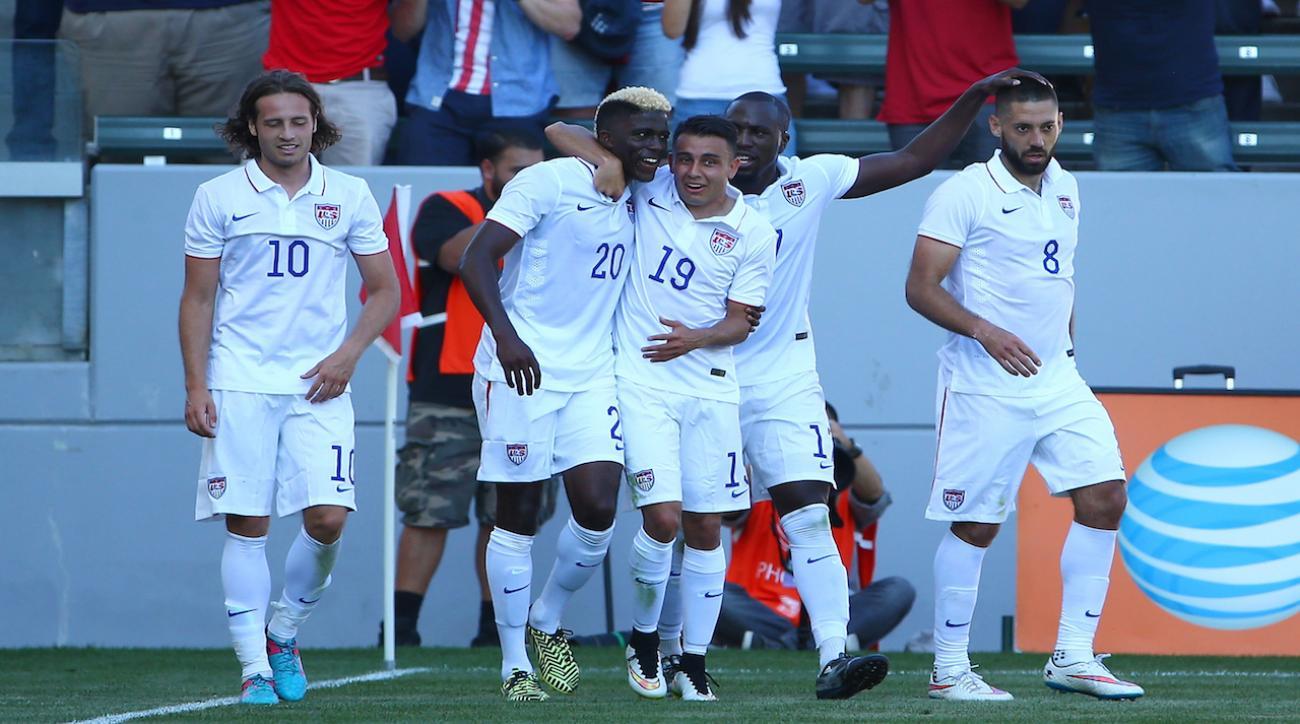 U.S. captain Clint Dempsey injures hamstring, to miss European friendlies