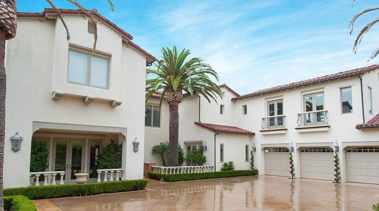 Los Angeles Lakers Kobe Bryant sells house for record price
