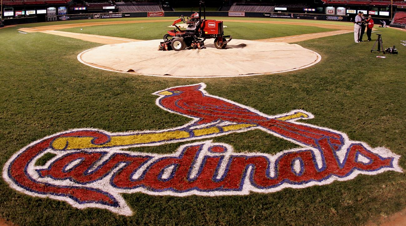 Report: Cardinals investigated by FBI for hacking Astros