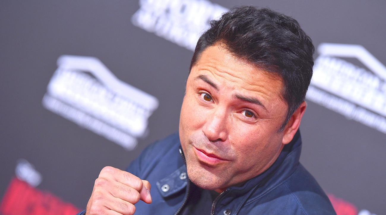 Oscar de la Hoya 'very serious' about returning to the ring