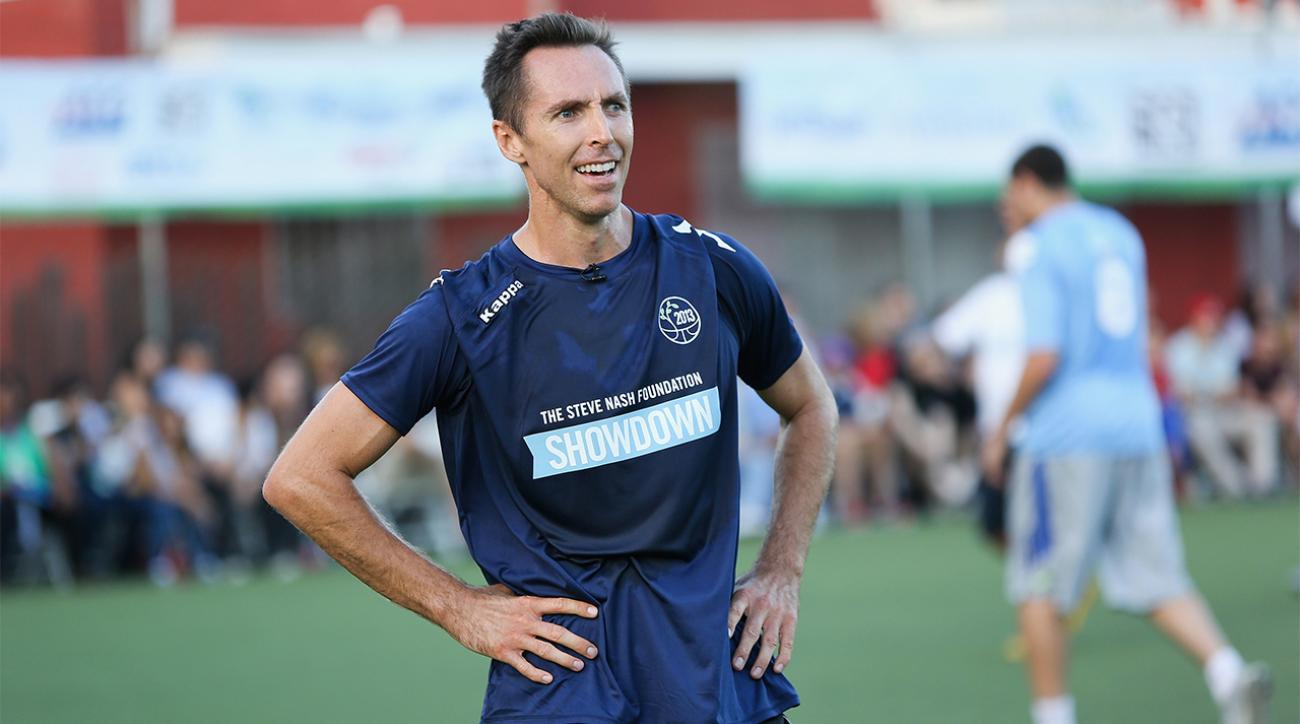 Steve Nash trains with the New York Cosmos