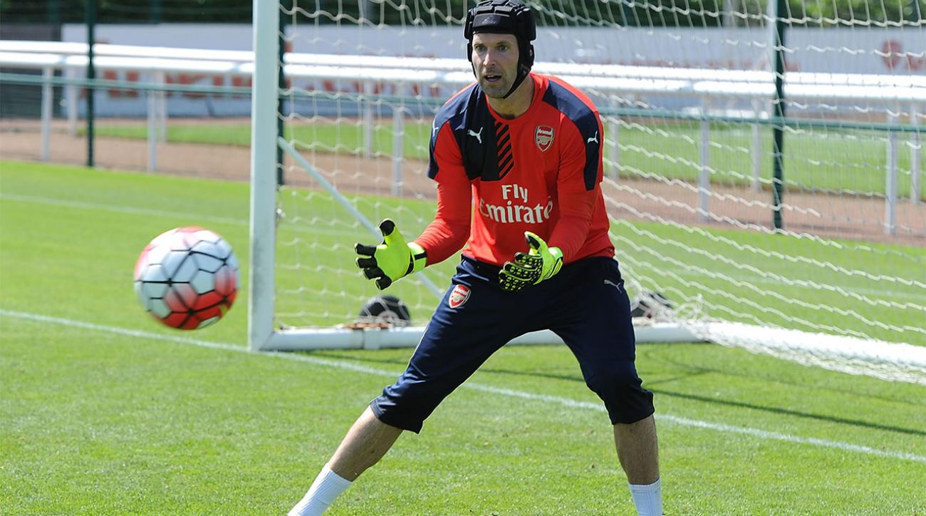 Goalie Petr Cech has some fascinating reasons for wearing 33 for Arsenal IMAGE