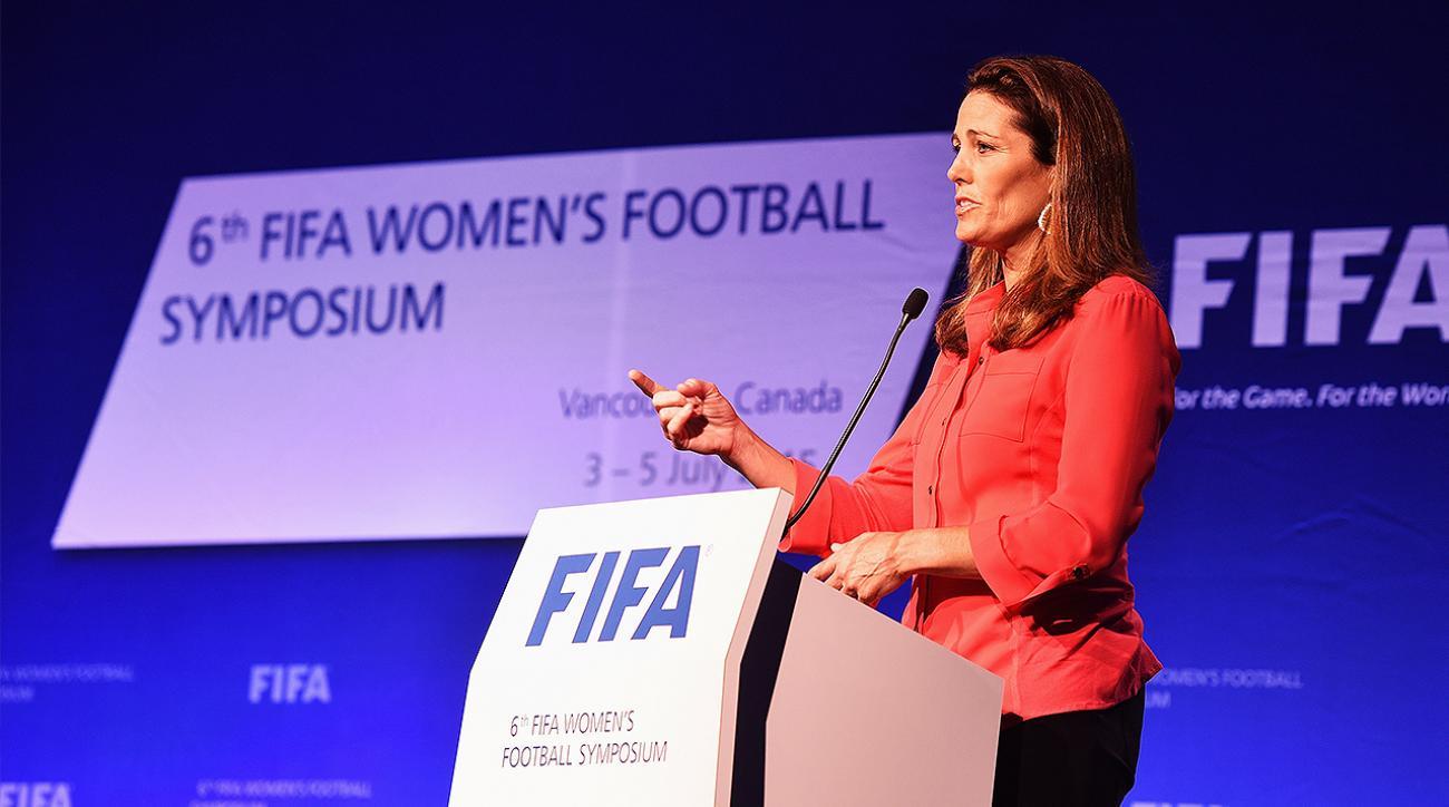 julie foudy, uswnt, women's wage gap in soccer, fifa, FIFA Women's World Cup Champions, Julie Foudy women's wage gap in soccer, fifa women's wage gap