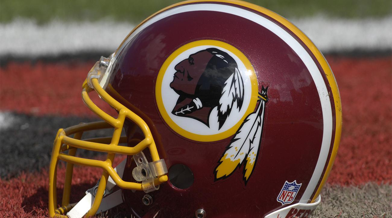 Redskins won't change team name for new stadium