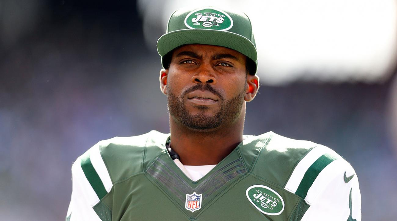Pittsburgh Steelers sign quarterback Michael Vick IMAGE
