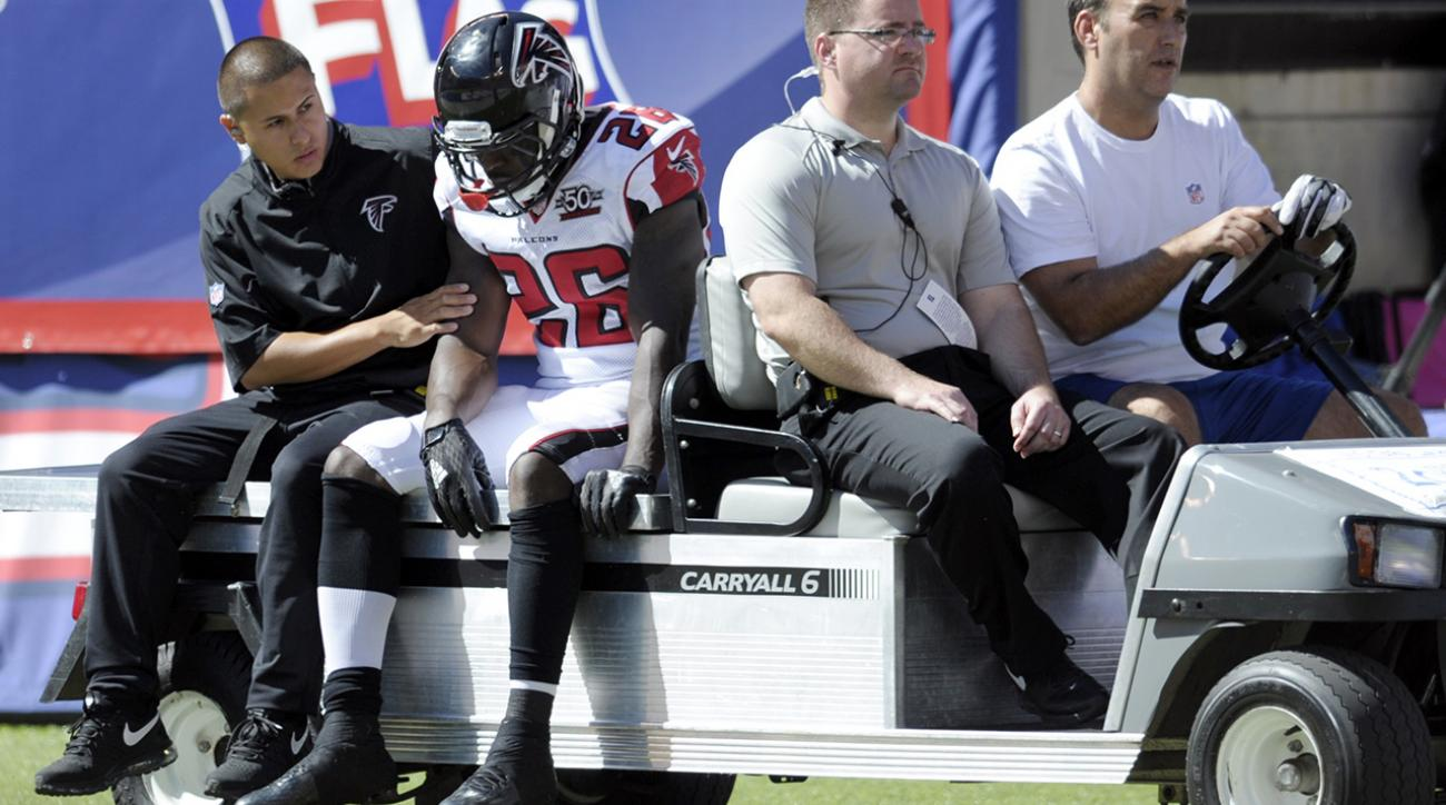 Falcons RB Tevin Coleman fractures rib, no timetable for return IMAGE