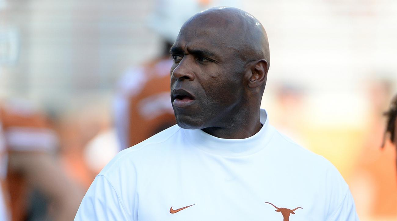 Report: Texas officials, boosters support head coach Charlie Strong