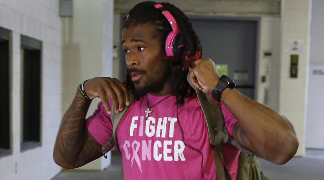 teelers RB DeAngelo Williams will pay for 53 women's mammograms IMAGE