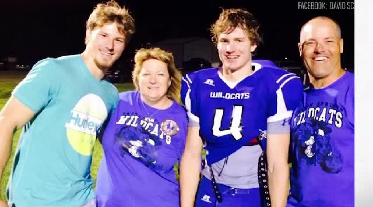 Kansas high school football player dies after collapsing at game
