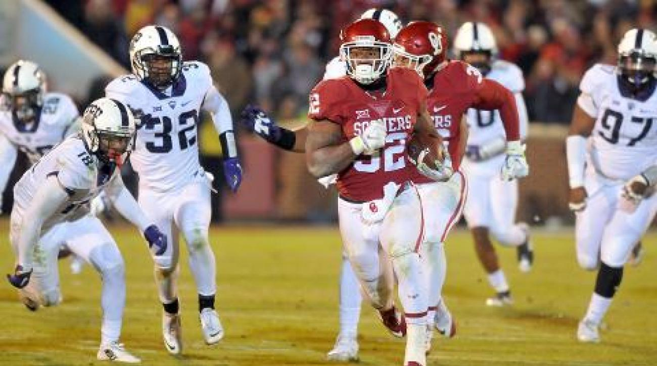 Oklahoma, Iowa break into CFP top four IMAGE