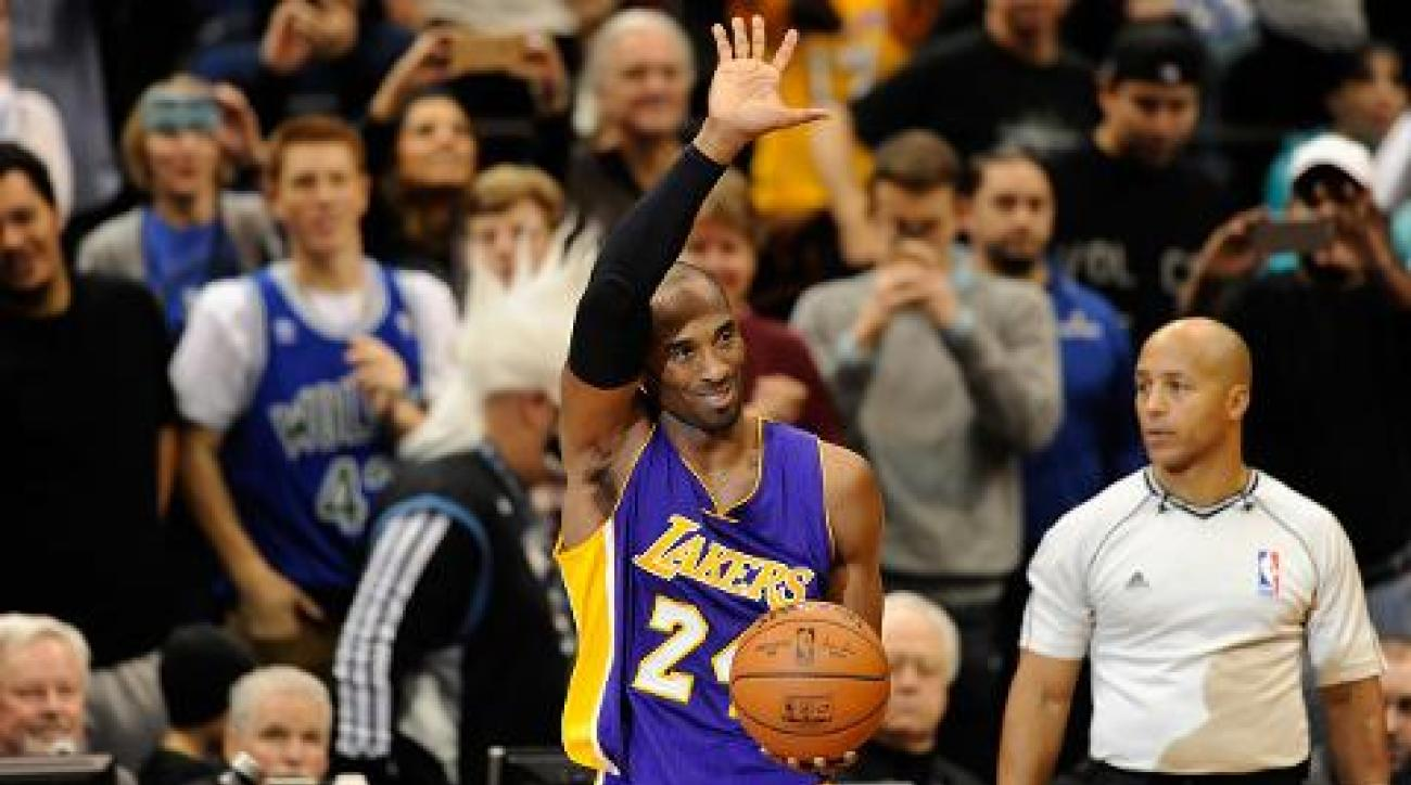 Lakers guard Kobe Bryant announces retirement