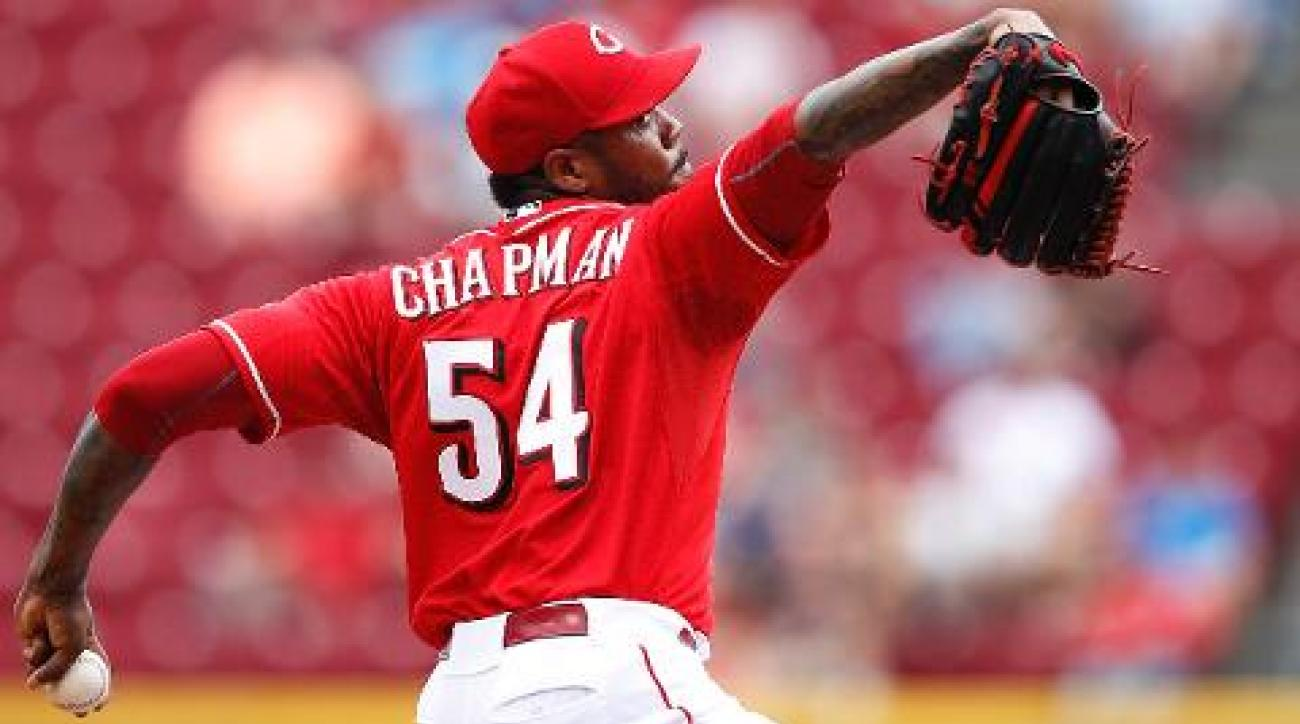 Dodgers acquire Aroldis Chapman from Reds for prospects