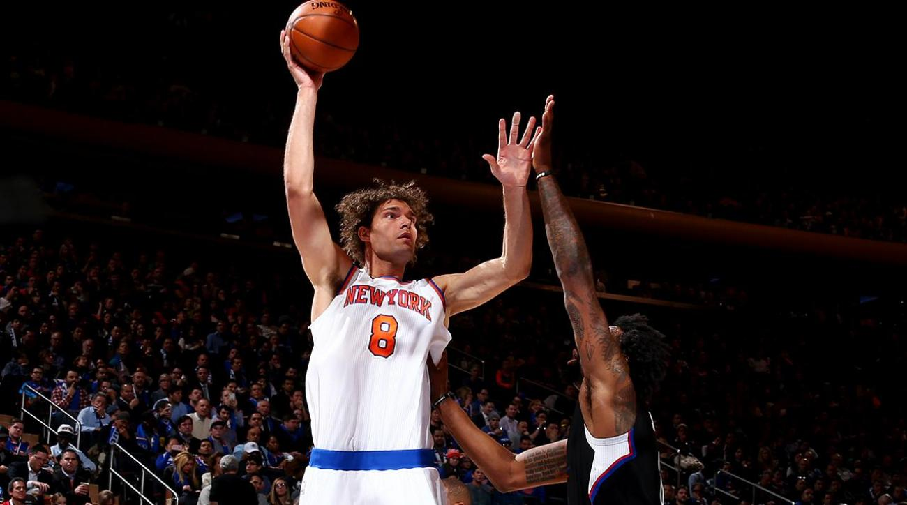 Watch: Knicks' Robin Lopez ejected for scuffle with Clippers' Chris Paul IMAGE