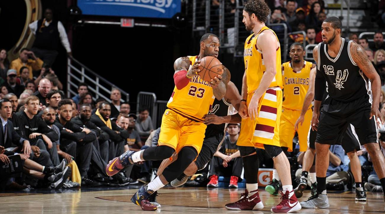 lebron shorts james wears wrong shorts during cavaliers