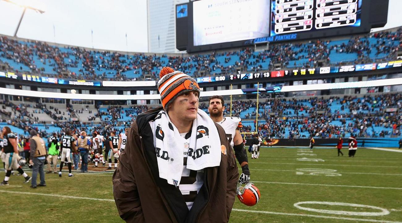 Johnny Manziel listed as suspect in criminal investigation