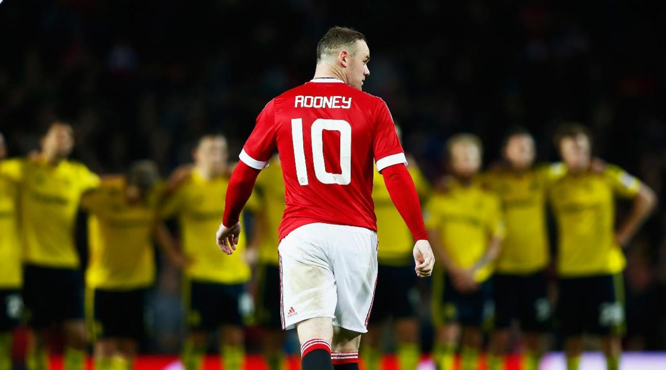 Wayne Rooney out up to two months with knee injury