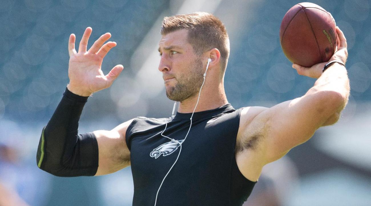Tim Tebow voted America's 5th favorite NFL quarterback