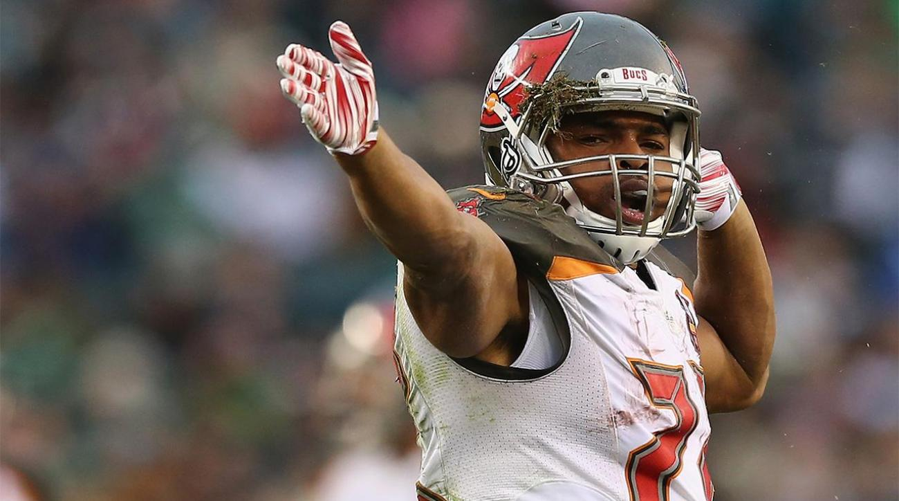 Doug Martin resigns with Tampa Bay Buccaneers