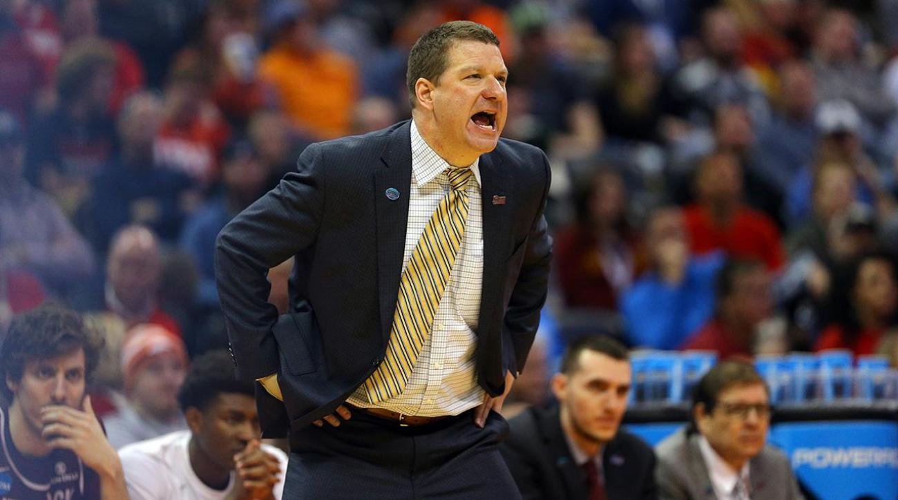 Chris Beard headed to Texas Tech after one week at UNLV