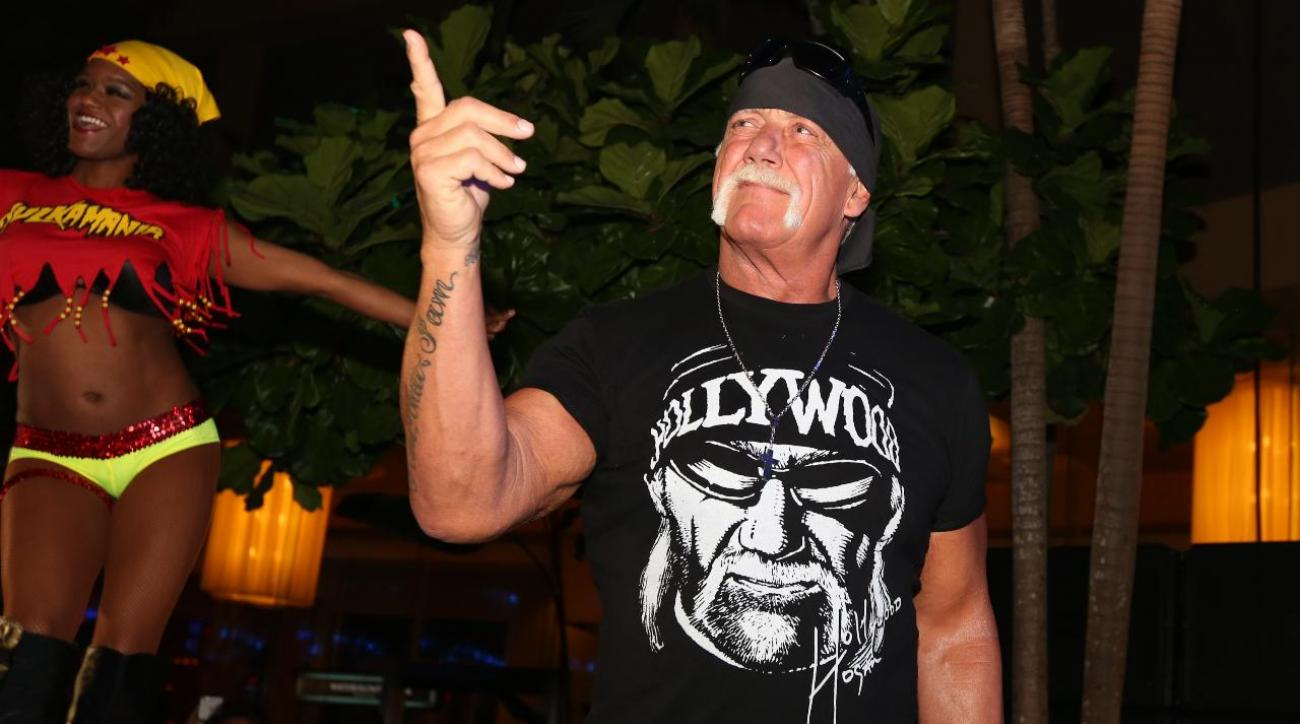 Hulk Hogan suing Gawker for second time IMAGE