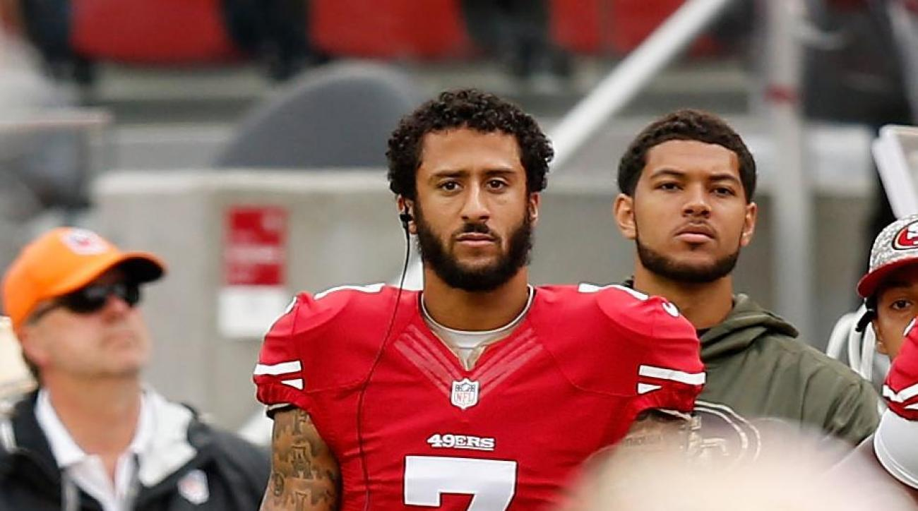 Report: Colin Kaepernick has resumed throwing after surgeries IMAGE