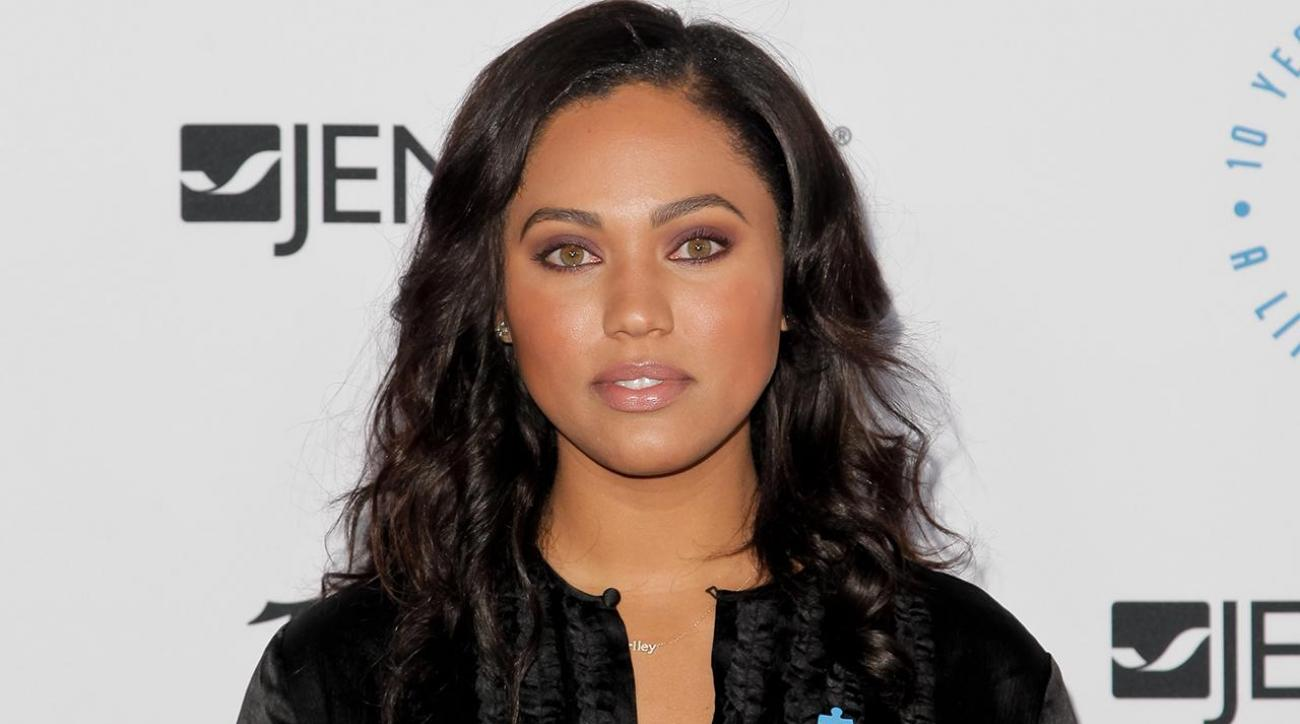 Ayesha Curry mocks LeBron's 'high road' comment