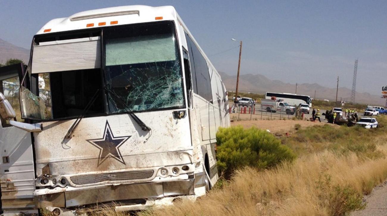Dallas Cowboys bus involved in fatal Arizona crash IMAGE