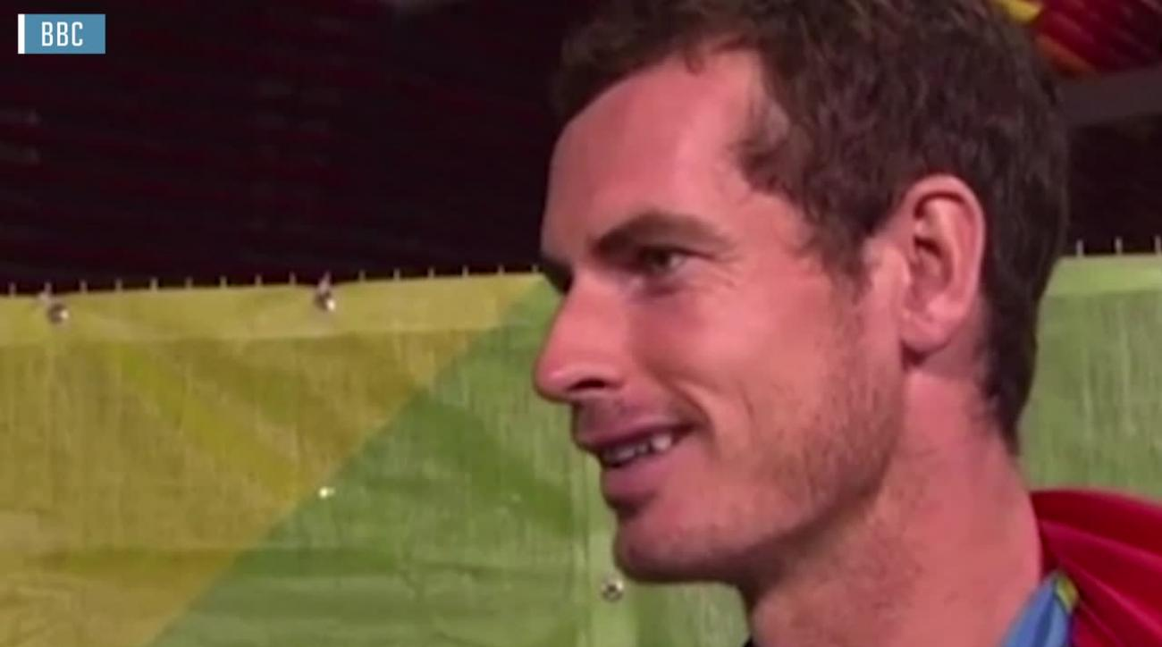 Andy Murray reminds reporter that Serena and Venus exist