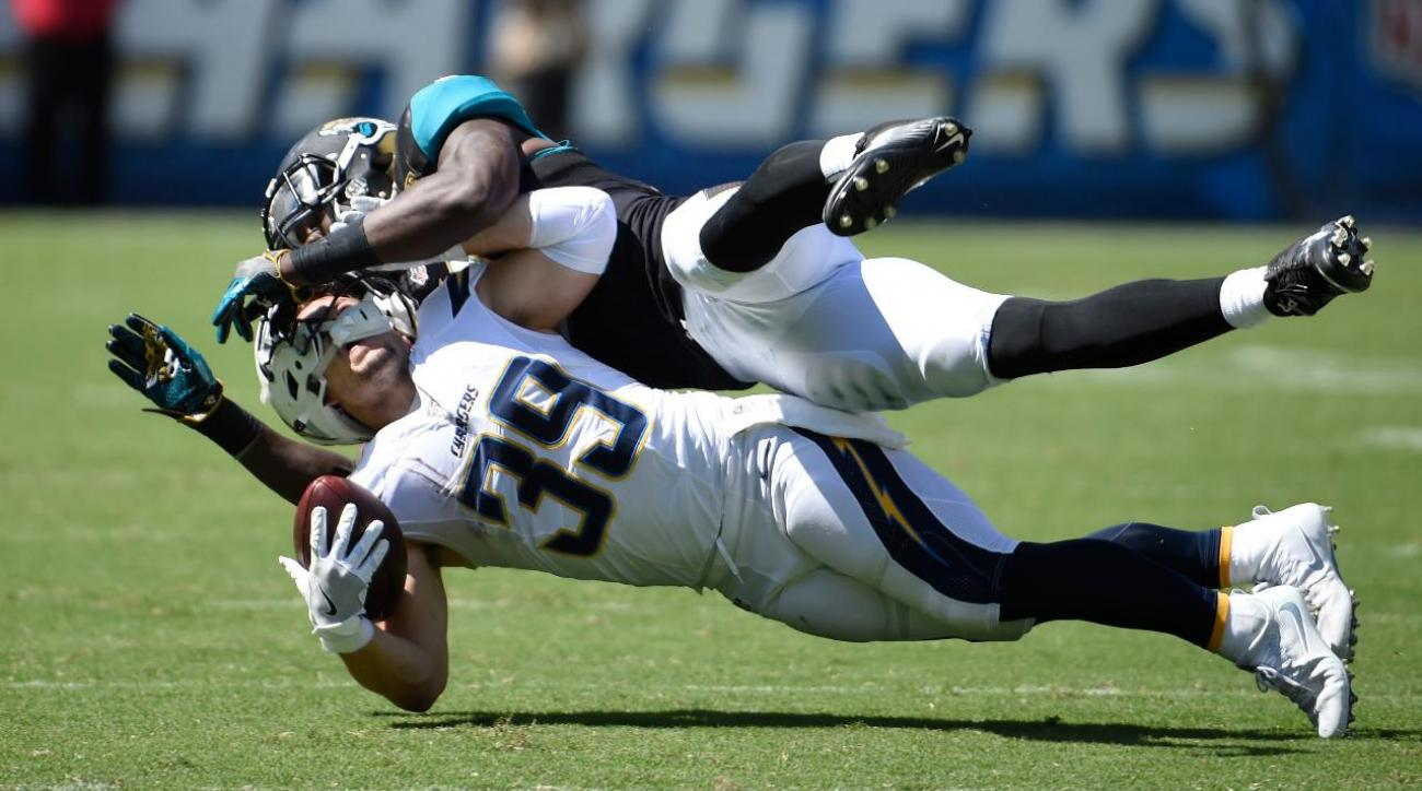 Chargers RB Danny Woodhead out for season with torn ACL