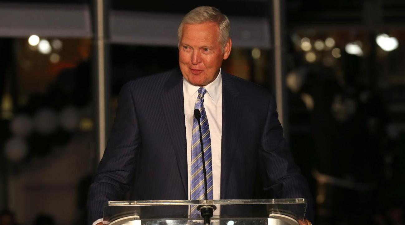 Jerry West says he would have left Lakers for Knicks if free agency existed in 1960s IMAGE