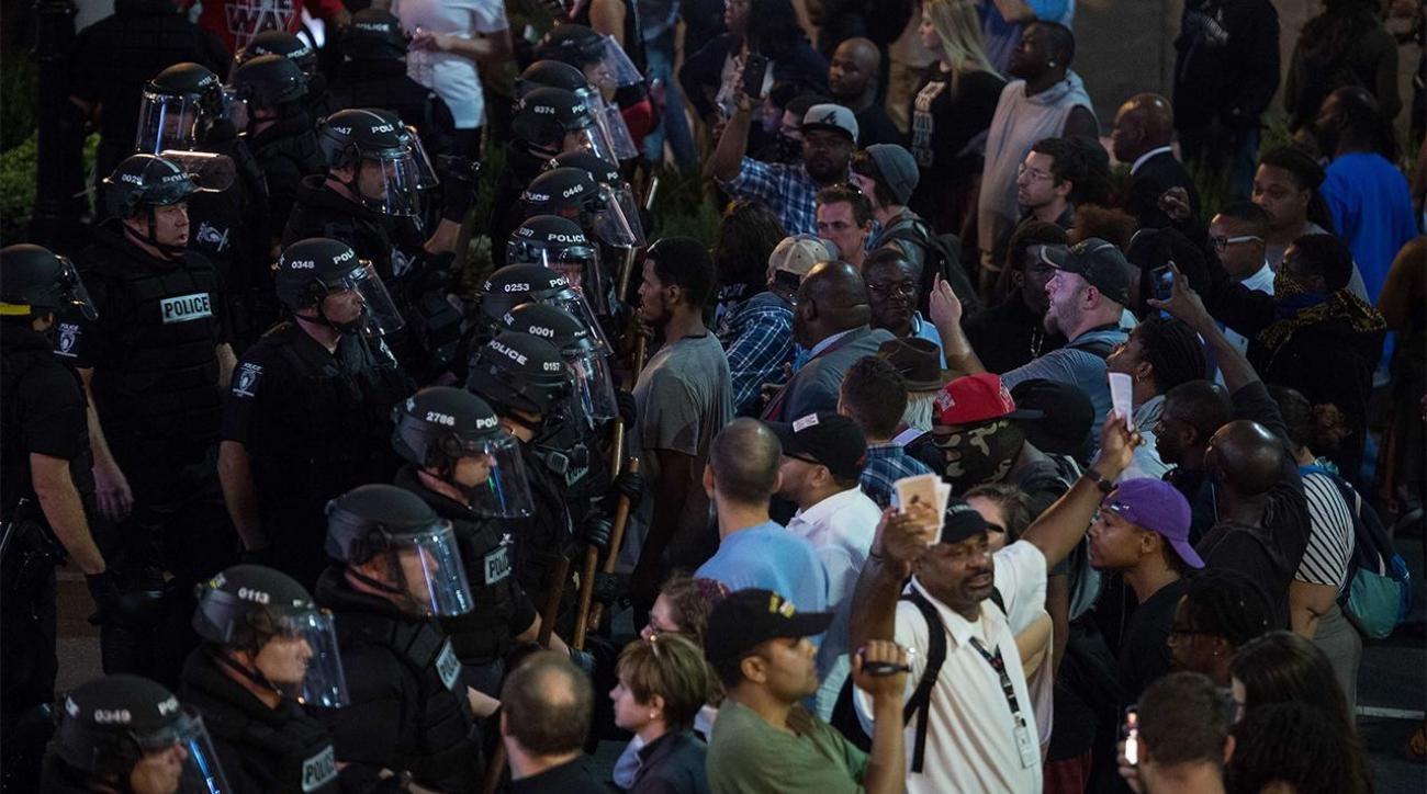 Panthers game on as scheduled amid Charlotte protests
