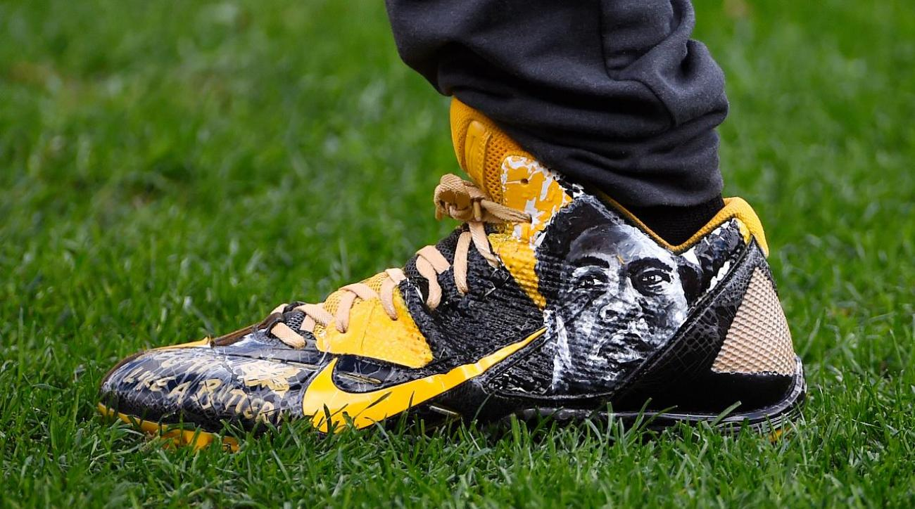 NFL threatens to eject Antonio Brown over Muhammad Ali cleats