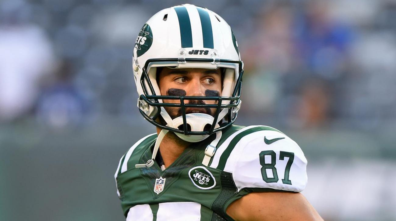 Jets' Eric Decker undergoes hip surgery