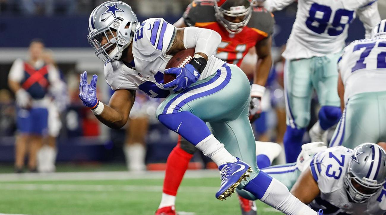 Ezekiel Elliott involved in minor car accident, not injured