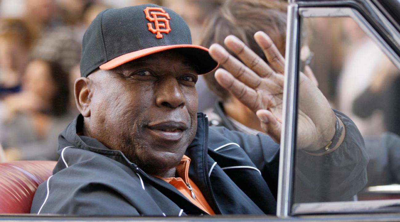 President Obama pardons Willie McCovey of tax evasion charges
