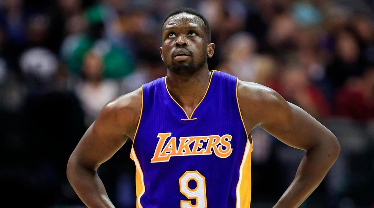 Lakers forward Luol Deng comments on travel ban