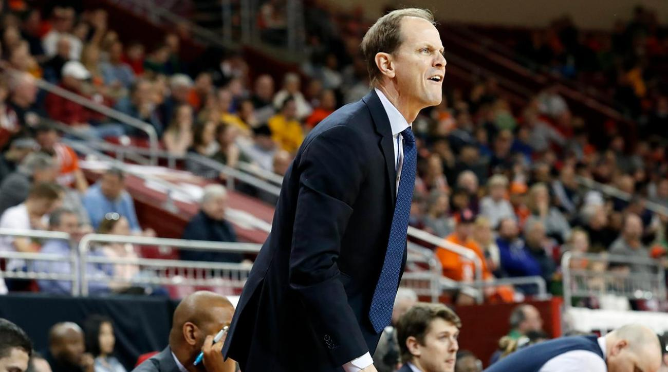 Washington hires Syracuse assistant Mike Hopkins as new head coach