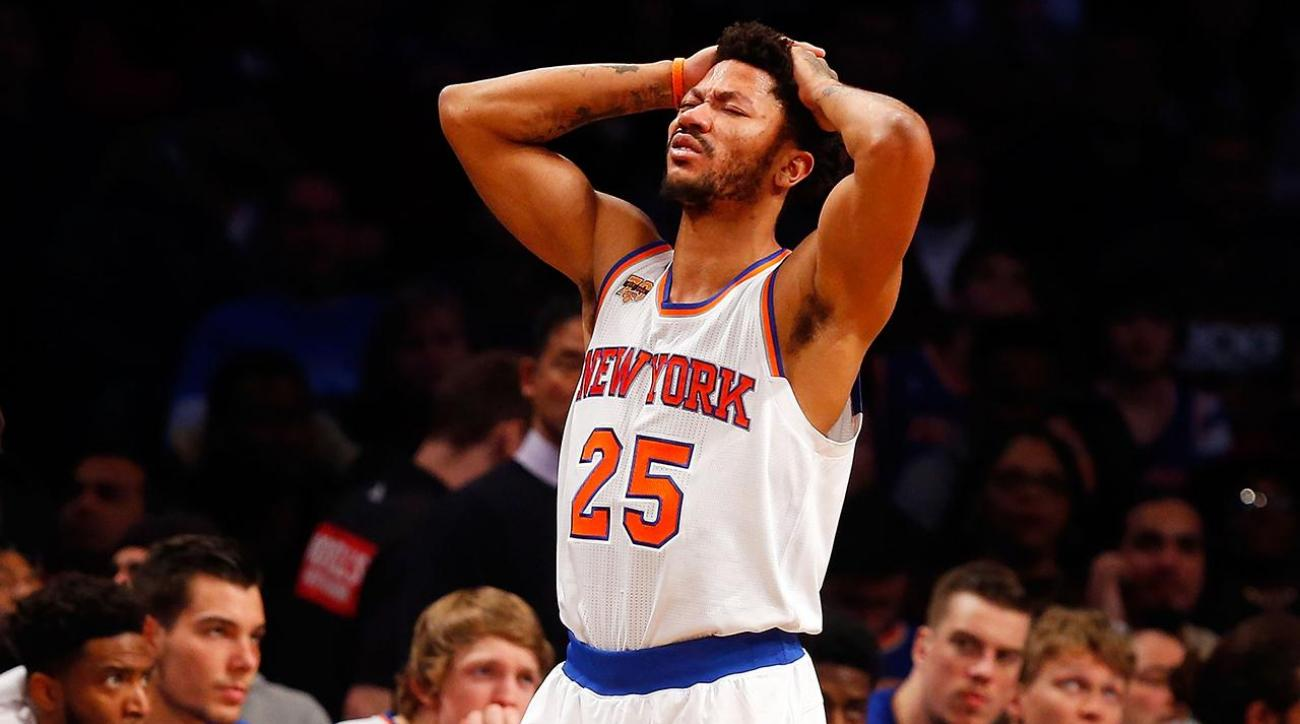 afc8cc7be613 VIDEO - Knicks  Derrick Rose out for season with torn meniscus