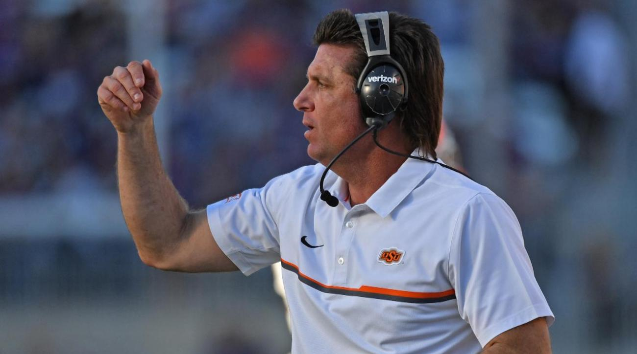 #DearAndy: Will Dana Holgorsen ever grow a mullet like Mike Gundy?