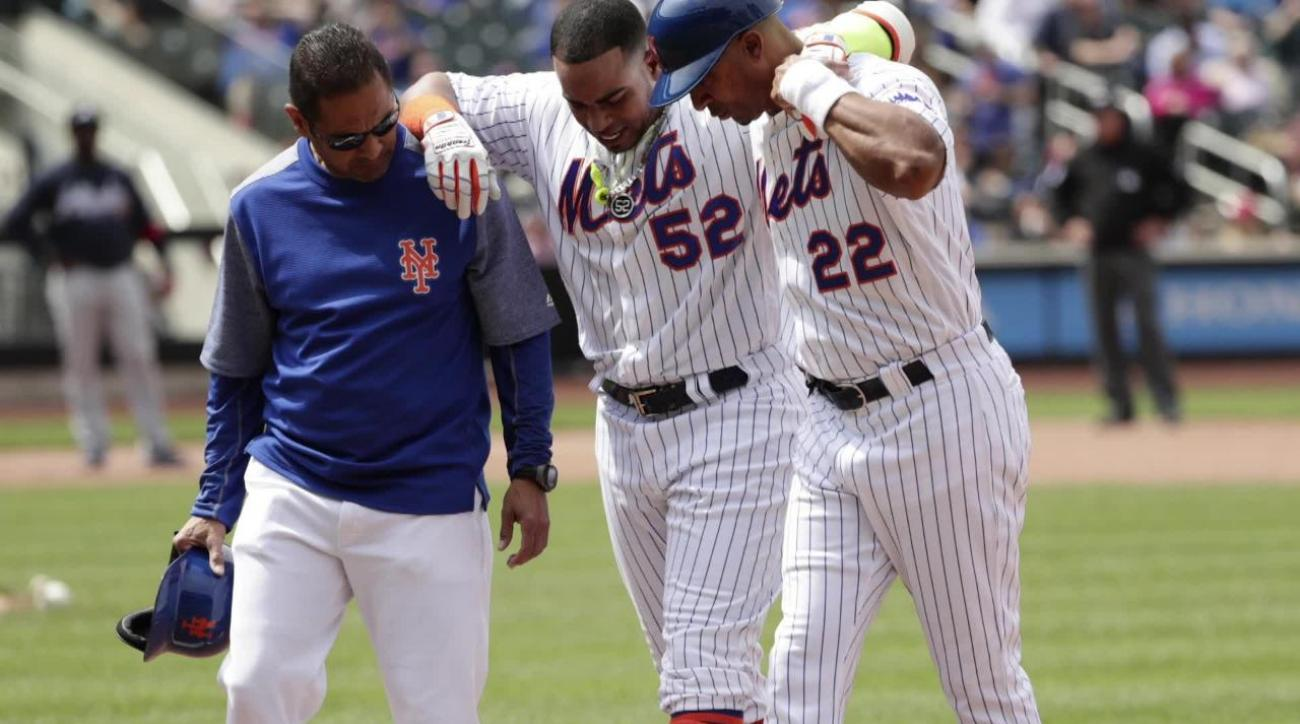 Mets OF Yoenis Cespedes leaves game with hamstring injury