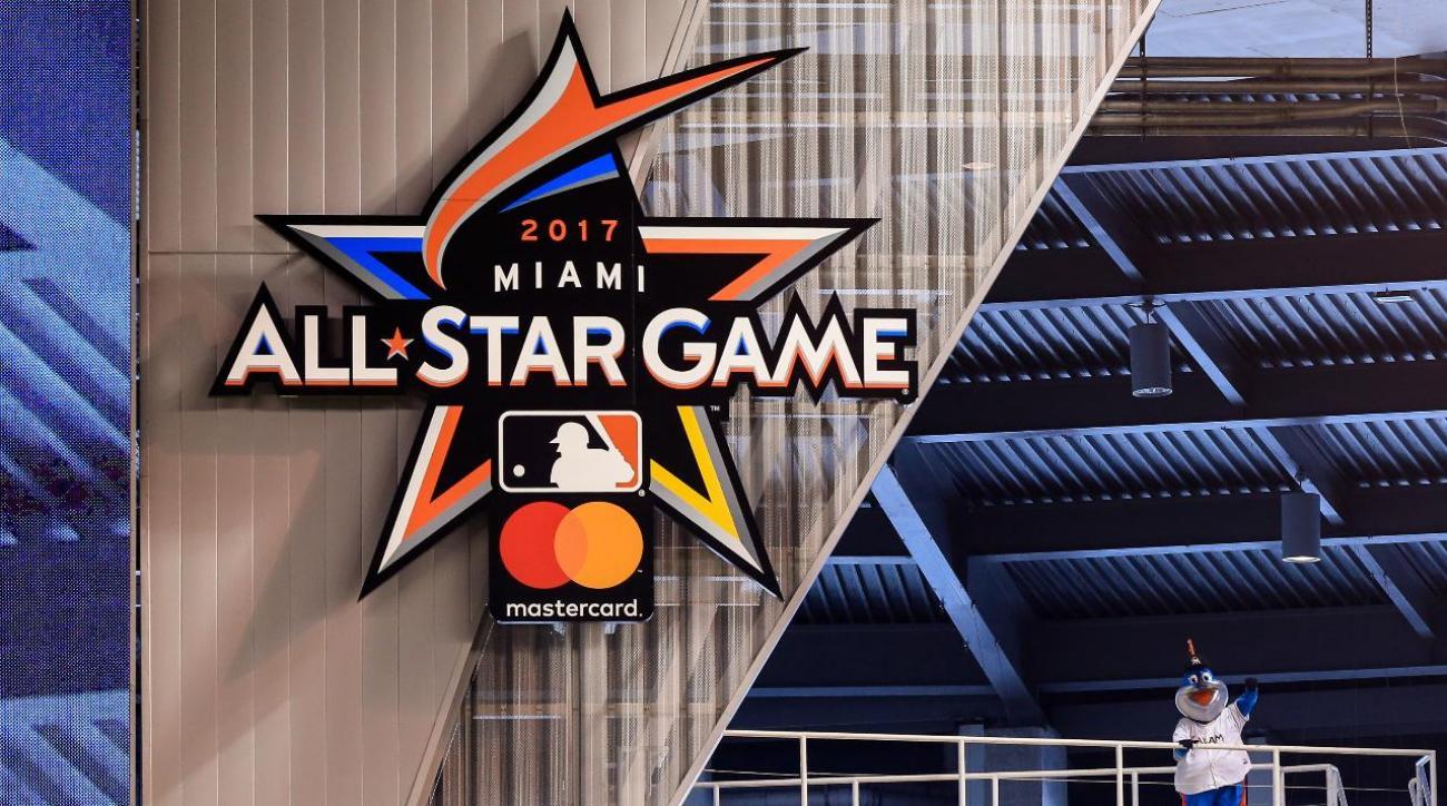 MLB ALL-Star break honors past Latino legends
