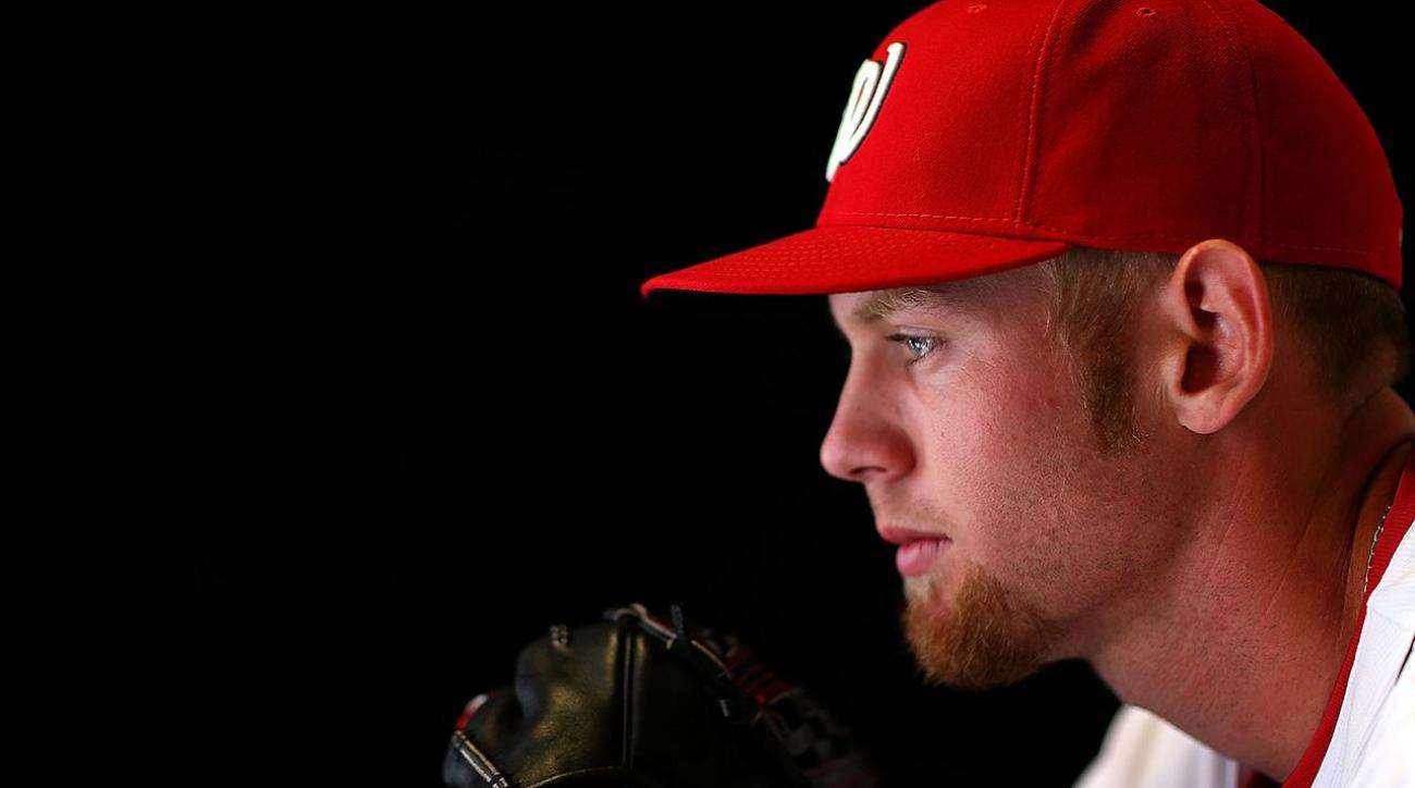 Nationals Pitcher Stephen Strasburg Headed to the DL