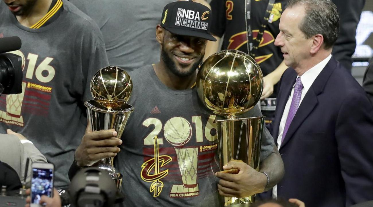 Report: Cavs preparing for scenario where LeBron James leaves IMAGE