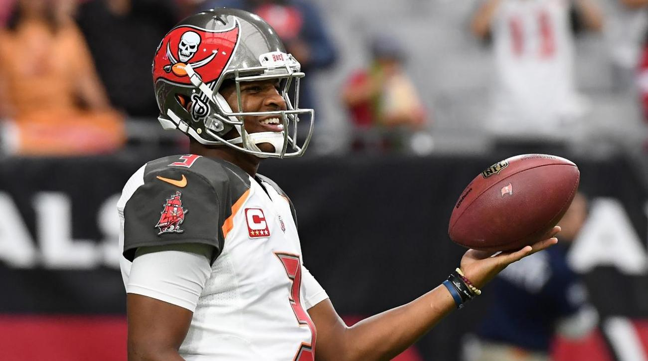 Report: Jameis Winston Suffered AC Joint Sprain vs. Cardinals