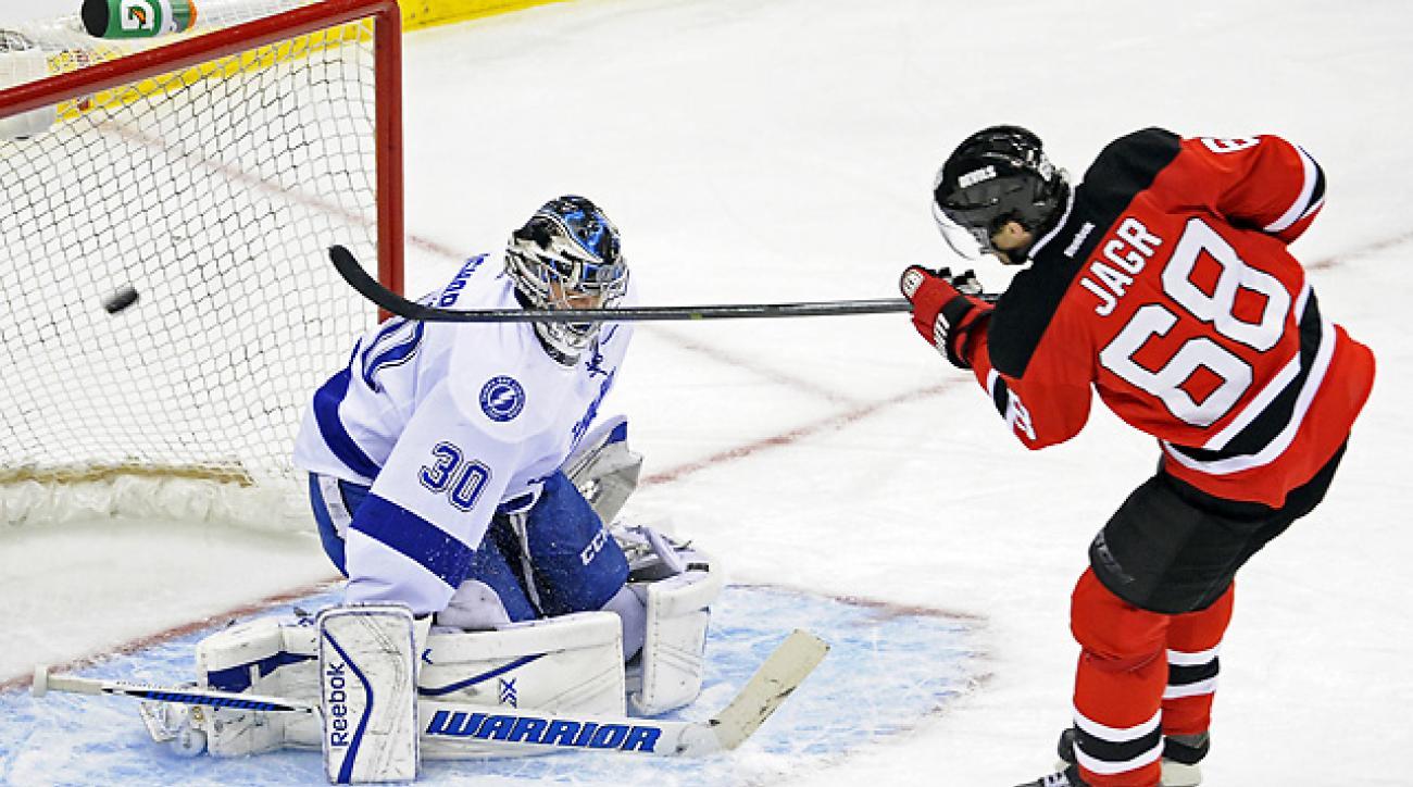 Jagr sets record in Devils' win over Lightning