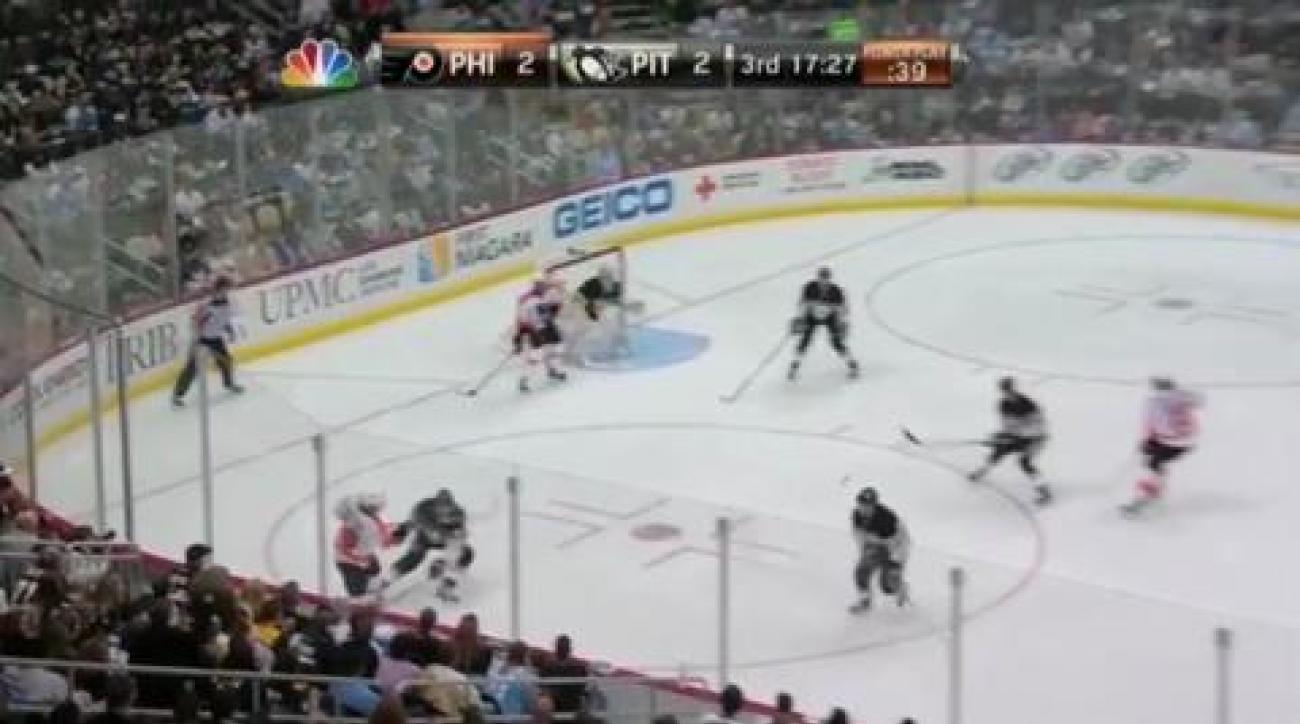 Flyers close gap on Penguins