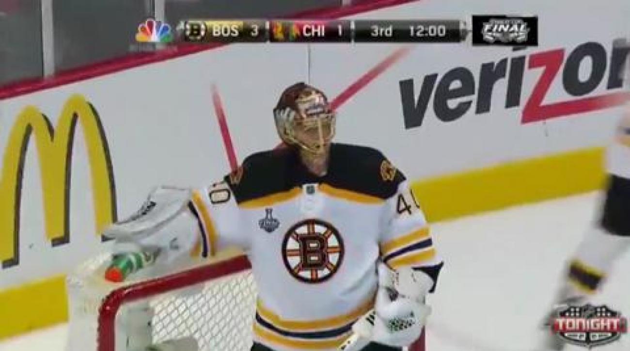 Blackhawks outlast Bruins for 3-OT Game 1 victory